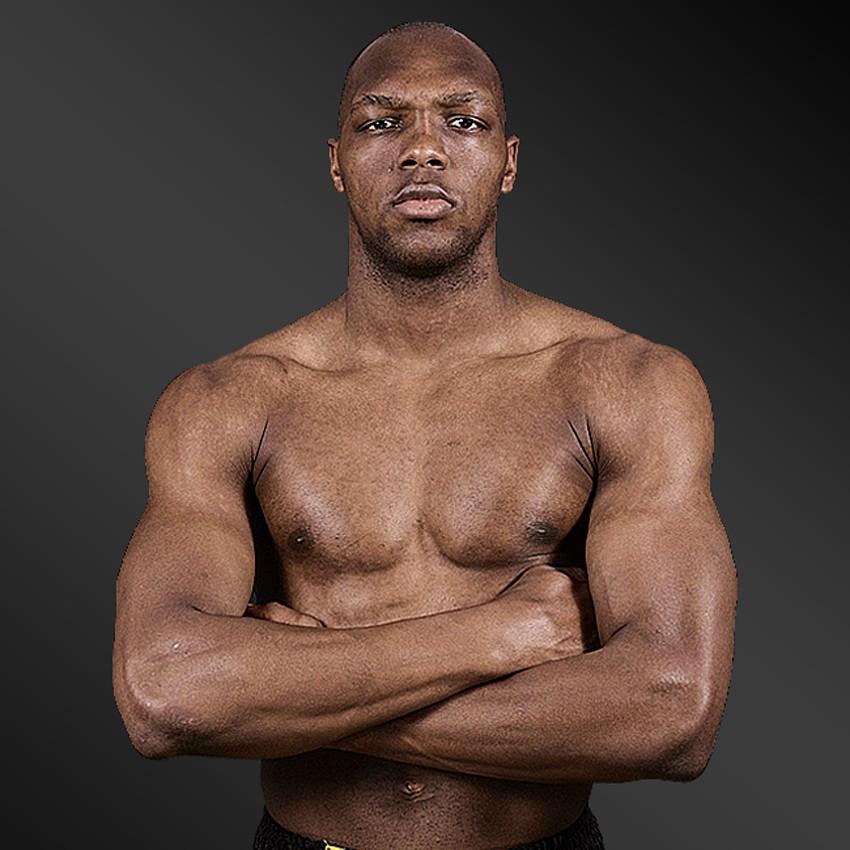 Fighter Frank ``Crazy`` Munoz - Calibian MMA Management